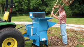 Shredder wood chipper
